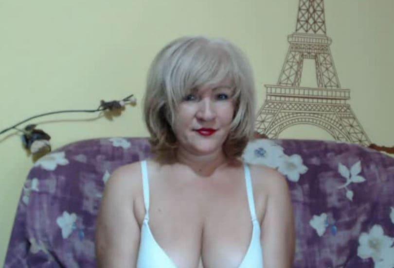 BlondePussy72