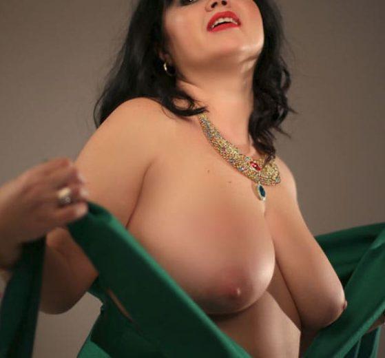 Mature Viviane pour tchat webcam